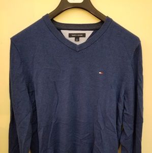 Brand new Tommy Hilfiger v-neck sweater